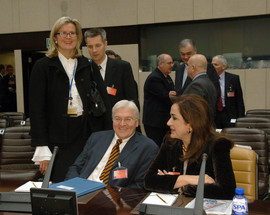 From left to right: the Minister of Foreign Affairs of Austria, Ursula Plassnik; the Minister of Foreign Affairs of Germany, Frank-Walter Steinmeier; the Minister of Foreign Affairs of Greece, Dora Bakoyannis