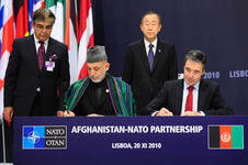 Signature of a Declaration on Enduring Partnership by the President of Afghanistan and the NATO Secretary General - NATO Lisbon summit 2010