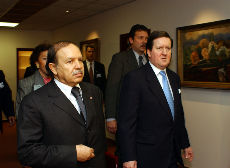 20th December 2001 Visit to NATO by the President of the People's Democratic Republic of Algeria, H.E. Abdelaziz Bouteflika. Left to right: President Bouteflika with NATO Secretary General, Lord Robertson.