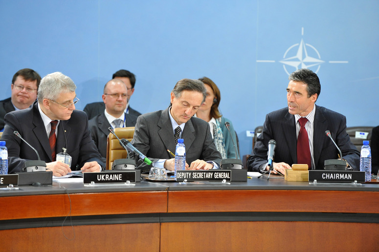 Left to right: Valerii Ivashchenko (Acting Defence Minister, Ukraine); Ambassador Claudio Bisogniero (NATO Deputy Secretary General); NATO Secretary General, Anders Fogh Rasmussen