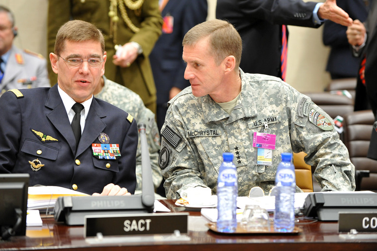 Left to right: General Stéphane Abrial (Supreme Allied Commander Transformation) with General Stanley A. McChrystal (Commander ISAF)