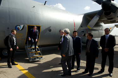 /nato_static_fl2014/assets/pictures/2011_10_111031a-sg-libya/20111031_111031a-001_rdax_375x250.jpg