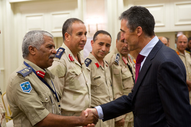 /nato_static_fl2014/assets/pictures/2011_10_111031a-sg-libya/20111101_111031a-025_rdax_375x250.jpg