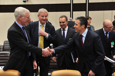 ISAF Foreign Ministers commit to supporting Afghanistan beyond transition