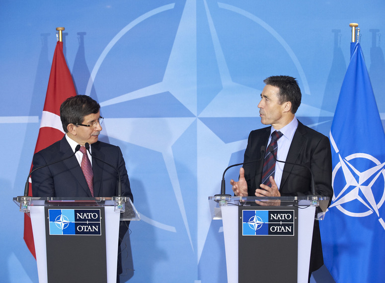 Joint press point with the Minister of Foreign Affairs of Turkey, Ahmet Davutoglu (left) and NATO Secretary General Anders Fogh Rasmussen (right)