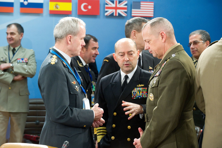 Left to right:  General Knud Bartels (Chairman of the NATO Military Committee) with Admiral James Stavridis (Supreme Allied Commander Europe) and General John R. Allen (Commander ISAF)