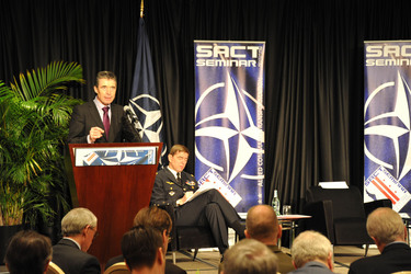 /nato_static_fl2014/assets/pictures/2012_02_120228a-act-seminar/20120228_120228a-011_rdax_375x250.jpg