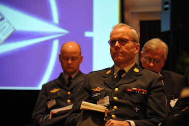 /nato_static_fl2014/assets/pictures/2012_02_120228a-act-seminar/20120228_120228a-020_rdax_375x250.jpg