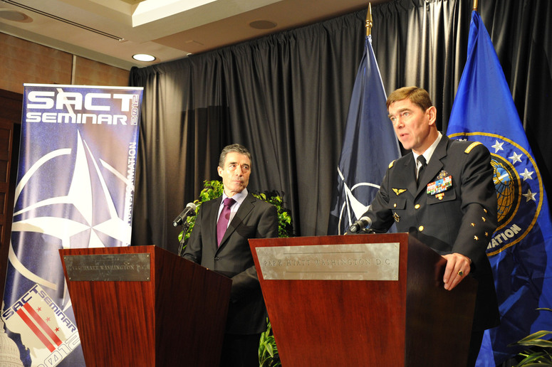 NATO Secretary General Anders Fogh Rasmussen (left) and Supreme Allied Commander Transformation General Stephane Abrial (right)
