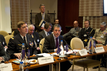 /nato_static_fl2014/assets/pictures/2012_02_120228a-act-seminar/20120229_120228a-033_rdax_375x250.jpg