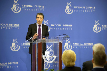 /nato_static_fl2014/assets/pictures/2012_02_120228a-act-seminar/20120229_120228a-041_rdax_375x250.jpg