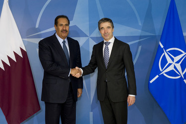 /nato_static_fl2014/assets/pictures/2012_03_120301a-pm-qatar/20120301_120301a-003_rdax_375x250.jpg