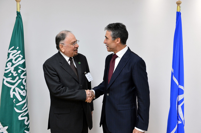 Left to right: H.E Nizar bin Obaid Madani (Minister of State for Foreign Affairs of the Kingdom of Saudi Arabia) shaking hands with NATO Secretary General Anders Fogh Rasmussen