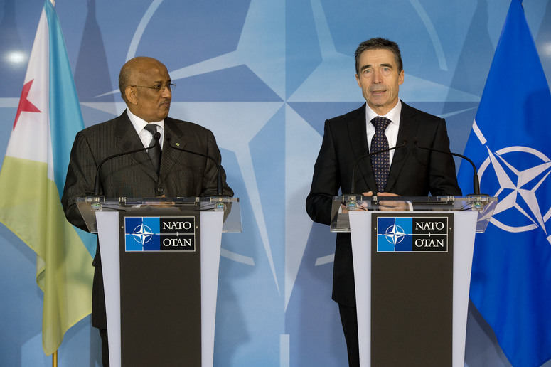 Joint press point. Left to right: The Prime Minister of Djibouti, Dileita Mohamed Dileita and NATO Secretary General, Anders Fogh Rasmussen