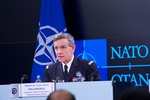 130114a-003.jpg - Press briefing with Supreme Allied Commander Transformation (SACT), 39.26KB
