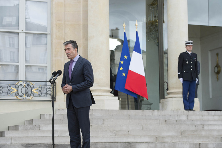 Doorstep by NATO Secretary General Anders Fogh Rasmussen after his meeting with the President of France, François Hollande