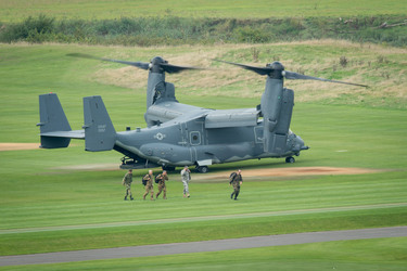 Osprey Landing in the presence of Allied Ministers of Defence