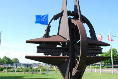 /nato_static_fl2014/assets/pictures/2014_09_140901d-bmd/20140901_140901d-004_rdax_375x251.jpg