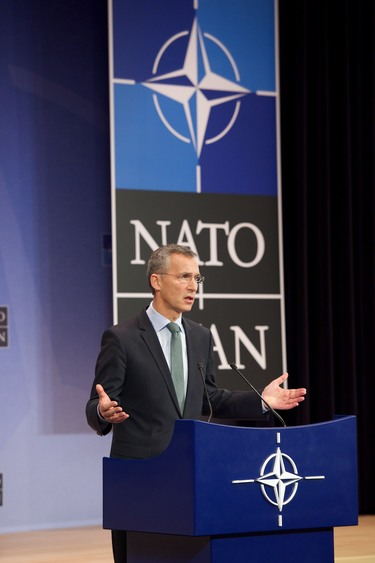 /nato_static_fl2014/assets/pictures/2014_12_141201a-sg-pc/20141201_141201a-007_rdax_375x563.jpg