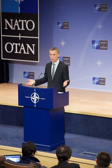 /nato_static_fl2014/assets/pictures/2014_12_141201a-sg-pc/20141201_141201a-015_rdax_375x563.jpg