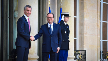 Secretary General in Paris to discuss NATO adaptation to security challenges