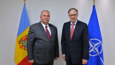 Minister of Defence of Moldova visits NATO