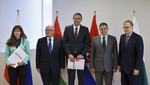 150624e-004.jpg - Meetings of the Defence Ministers at NATO Headquarters in Brussels - Signature ceremony for a Letter of Intent between Bulgaria, Croatia, Hungary and Slovenia, 54.13KB