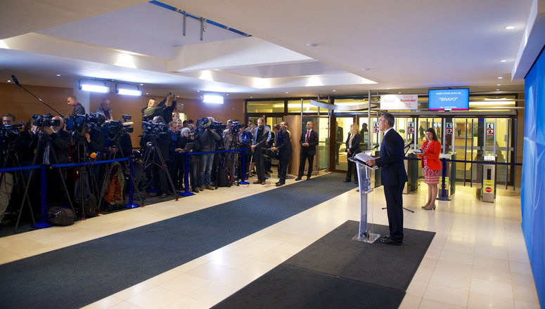 Doorstep statement by NATO Secretary General Jens Stoltenberg at the start of the meetings of NATO Defence Ministers at NATO headquarters