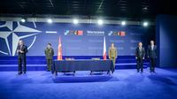 Signing Ceremony for a Letter of Intent on Airborne Electronic Attack - NATO Summit Warsaw