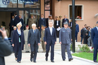 http://nato.int/nato_static_fl2014/assets/pictures/2016_10_161013b-trip-sg-italy/20161013_161013b-008_rdax_375x250.jpg