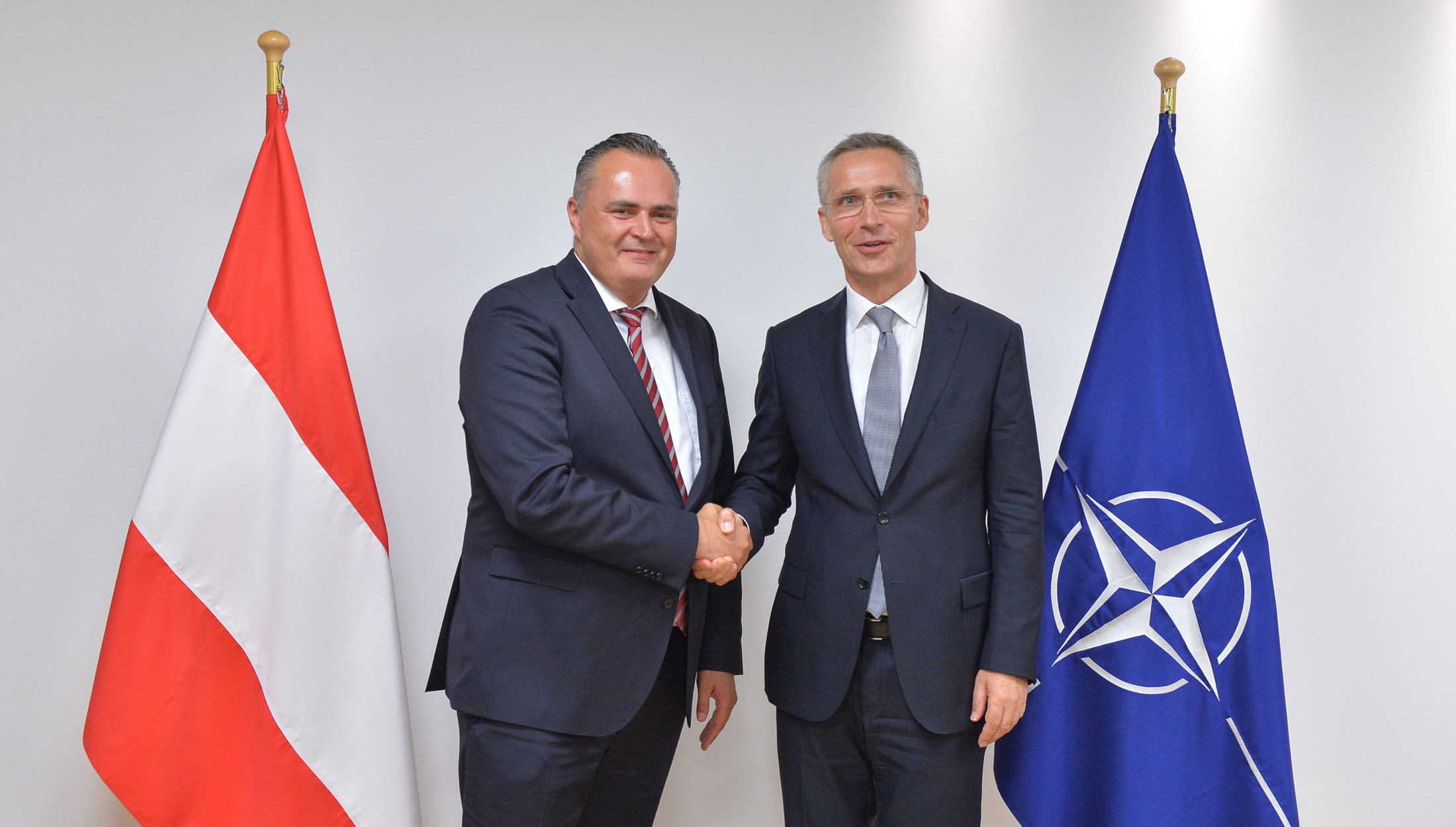 Nato Photo Gallery Bilateral Meeting With The Minister Of Defence