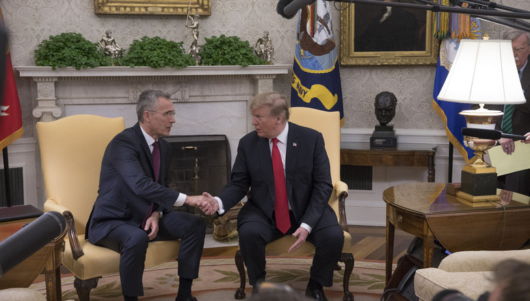 Press spray with NATO Secretary General Jens Stoltenberg and US President Donald Trump