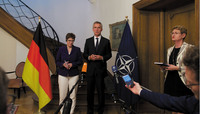 Visit by the Minister of Defence of Germany