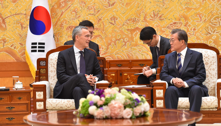Left to right: NATO Secretary General Jens Stoltenberg with President Moon Jae-in of the Republic of Korea
