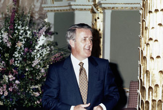 Mulroney at the NATO London Summit, 1990