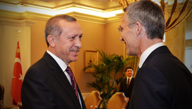 NATO Secretary General shows Alliance solidarity in Turkey