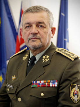 f41c9f99f NATO - Biography: Milan Maxim, Chief of the General Staff of Slovakia