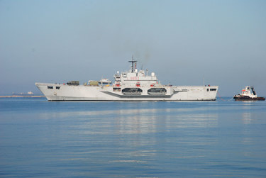 /nato_static_fl2014/assets/pictures/stock_libya/20110408_Nave_Assalto_anfibio__-_San_Marco_rdax_375x251.jpg
