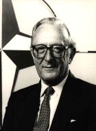 [ Picture of Lord Carrington ]